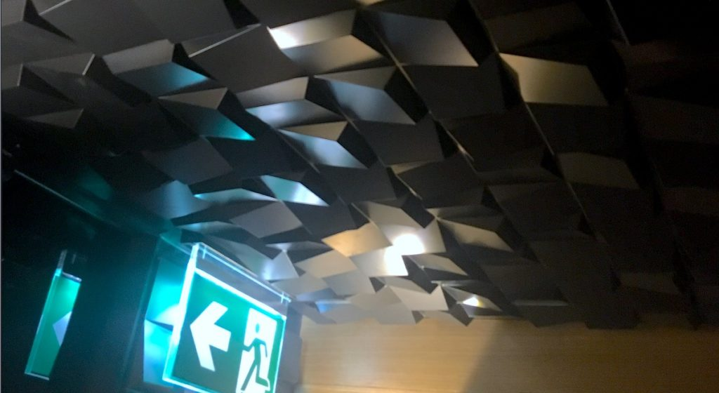 MSD Panels apartamento turístico en Zaragoza, por deCero eStudio